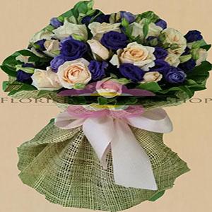 Paper roses bouquet